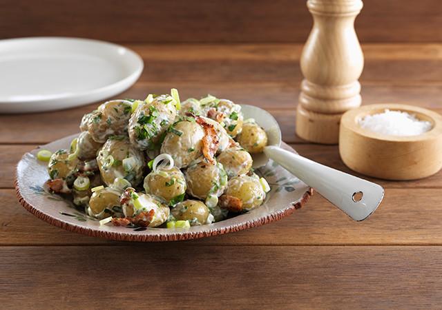 classic-potato-and-bacon-salad