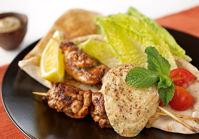 middle-eastern-chicken-skewers-with-bean-puree-test