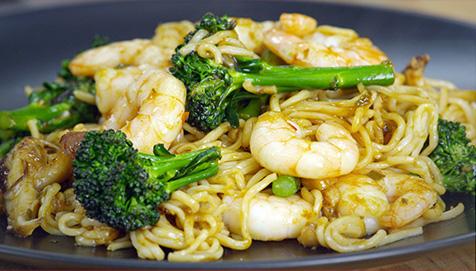 Lo Mein Prawn Noodle Stir fry