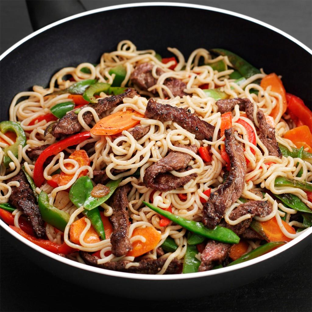 Noodles con ternera y especias