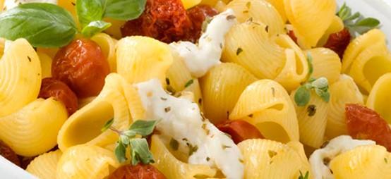Pipe con Mozzarella e Pomodori Secchi