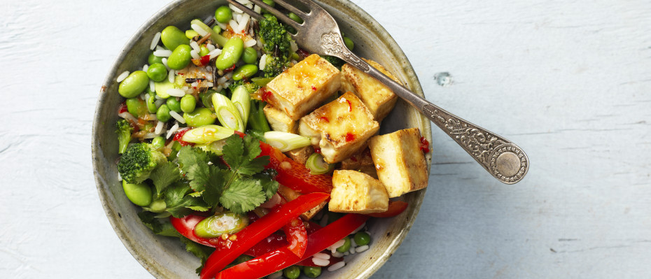 Easy Chilli Tofu Vegetables and Rice