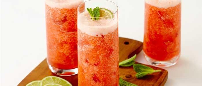 Guava, Strawberry & Lime Fizz