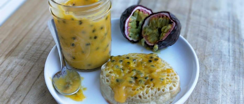 Passionfruit and Orange Curd