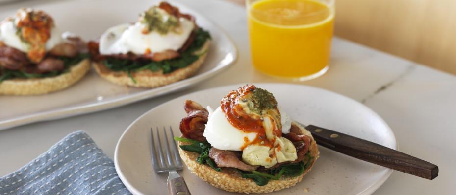 Poached Eggs & Bacon Breakfast Bagel