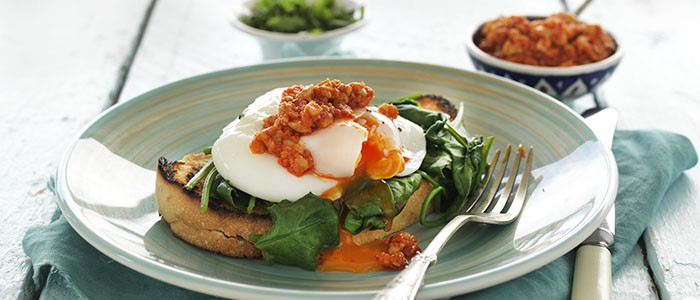 Poached Eggs with Roasted Capsicum Chunky Dip