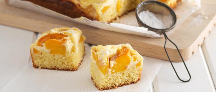 Super Easy Peach and Cream Cheese Slice