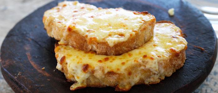Toasted Cheesy Onion Ciabatta