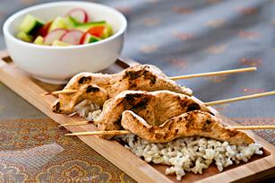 Chicken Satays On Rice With Cucumber Salad Kraft Heinz Foodservice Canada