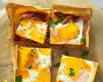 Easy Bacon and Egg Slice
