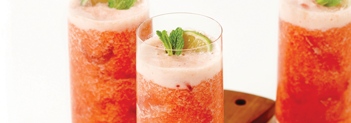 Guava Strawberry and Lime Fizz